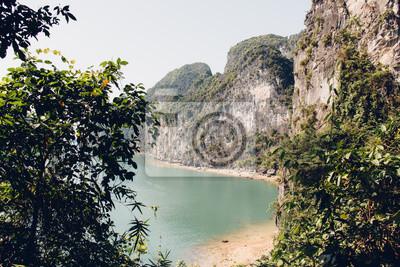 Papiers peints Plage à Baie d'Halong, Vietnam