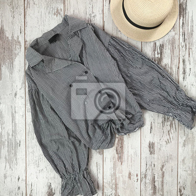 Plaid shirt on a wooden background papier peint papiers - Papier peint vinyle expanse ...