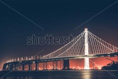Papiers peints Pont de la baie d'Oakland dans la nuit. San Francisco - Oakland, Californie, États-Unis.