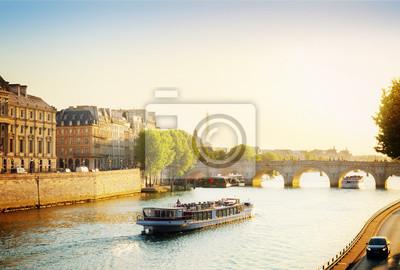 Papiers peints Pont Neuf, Paris, France