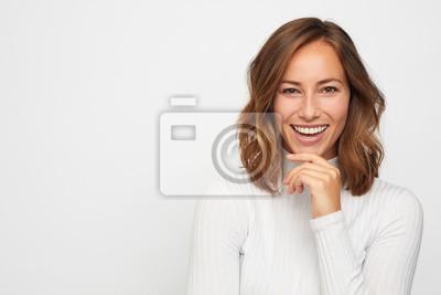 Papiers peints portrait de jeune femme heureuse