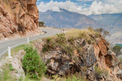 Papiers peints Route de montagne entre Balsas et Leimebamba, Pérou.