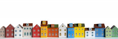 Papiers peints Row of wooden miniature colorful retro houses on white background