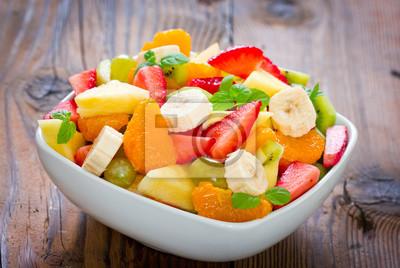 Salade de fruits dans le bol