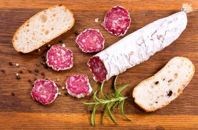 Papiers peints Salami français au romarin et au pain