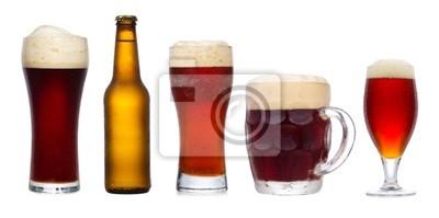 sertie de différents verres de bière