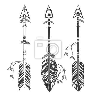 Set flèches ethniques avec des plumes. Boho style. Main, dessiné, vecteur, Illustration