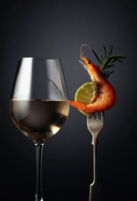 Shrimp with rosemary, lime and white wine.