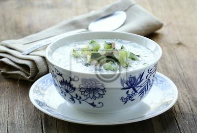 Soupe froide de légumes, cuisine traditionnelle russe
