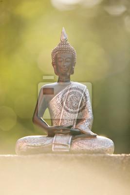 Statue De Bouddha Assis Dans Un Lotus Zen Et Meditant Dans Un Papier