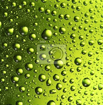 Texture gouttes d'eau sur la bouteille de bière.