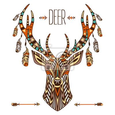 Totem ethnique d'un cerf. Un tatouage d'un cerf avec un ornement. Utilisation pour l'impression, affiches, t-shirts, tatouage. Main, dessiné, vecteur, Illustration
