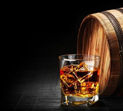 Papiers peints Verre de cognac sur le tonneau en bois millésime