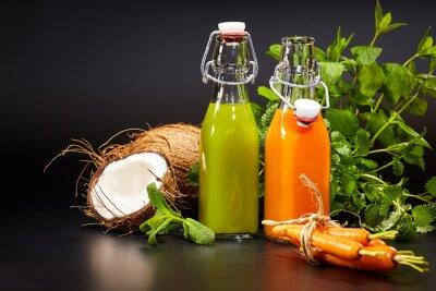 Papiers peints Verre, frais, organique, légume, fruit, jus, isolé
