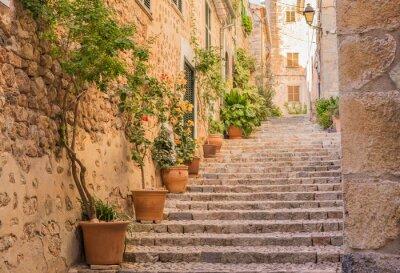 Papiers peints Vieille rue de village escaliers Méditerranée