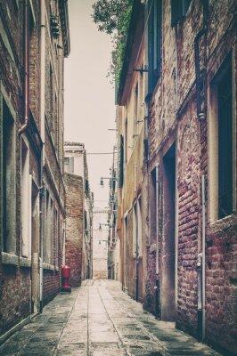 Papiers peints Vieille rue vue à Venise, en Italie.