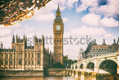Papiers peints Ville de Londres dans le feuillage d'automne - Autum Europe destination voyage icône arrière-plan.
