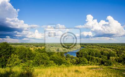 Vue de la rivière d'une hauteur