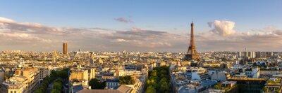 Vue Panoramique Sur Lete Des Toits De Paris Au Coucher Du Soleil