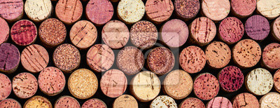 Papiers peints Wine corks Pattern. Various wooden wine corks  as a Background. Food and drink concept .