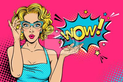 Papiers peints Wow visage féminin. Sexy surprise jeune femme dans des  lunettes avec la bouche 1195594891e