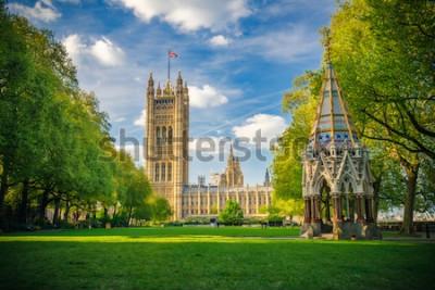 Posters Abbaye de Westminster vue des jardins de la tour Victoria, Londres, Royaume-Uni