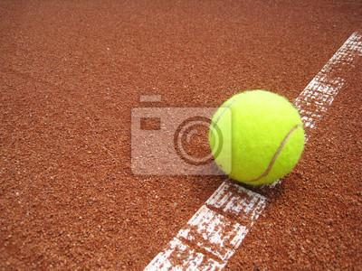 Balle de tennis auf der Linie 8