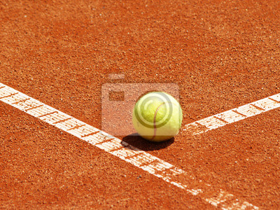 Balle de tennis auf der T-Linie 5