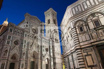 Baptistère, cathédrale de Sainte Marie des Fleurs et Giotto Clocher de nuit, Florence, Italie