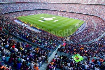 Posters Barcelone, Espagne - 13 mai 2011: non identifiés supporters du FC Barcelone célébrer la victoire de championnat de ligue espagnole au stade de Camp Nou.
