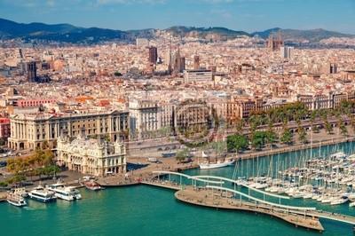 Barcelone horizon, la Sagrada Familia est visible.