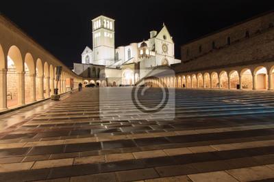 Basilica di San Francesco dans la nuit, Assise, Italie