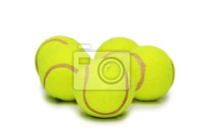 Beaucoup de balles de tennis isolés sur le blanc