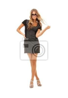 belle femme en robe