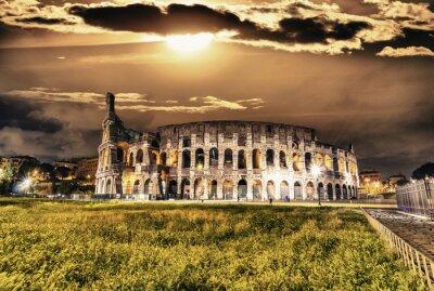 Posters Belle vue sur le Colisée de nuit