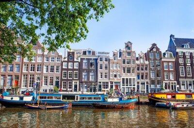 Posters Belle vue sur les canaux avec pont et typique hollandais Amsterdam