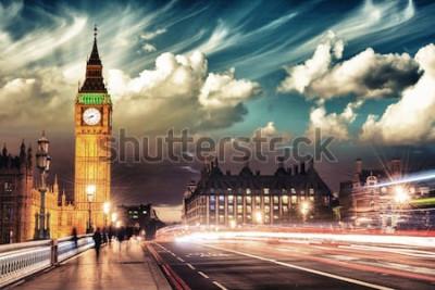 Posters Belles couleurs de Big Ben du pont de Westminster au coucher du soleil - Londres.