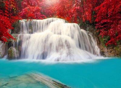 Posters Cascade dans la forêt tropicale jungle profonde (Huay Mae Kamin Waterfall i
