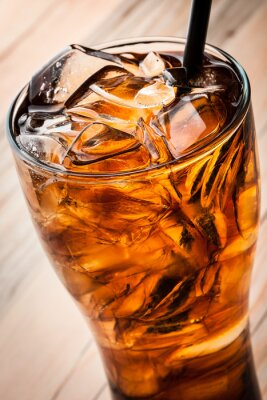 Posters Cocktail alcoolisée au cola