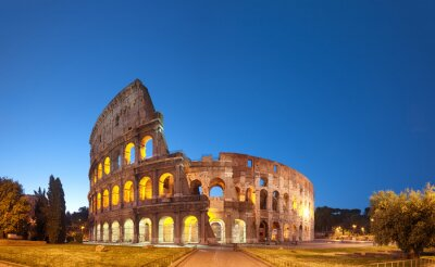 Posters Colosseum at night .Rome - Italie