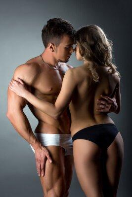 Posters Couple hétérosexuel, tendrement, caresser, chaque, autre