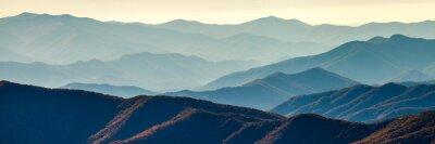 Posters Crêtes de montagne fumées