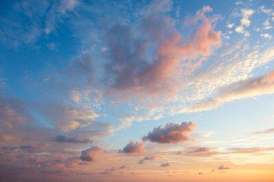 Posters Doux Fond de ciel au moment de coucher du soleil, des couleurs naturelles, peuvent utiliser