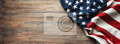 Posters Drapeau des États-Unis sur fond en bois