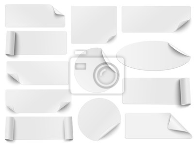 Posters Ensemble d'autocollants en papier blanc de différentes formes avec des coins ondulés isolés sur fond blanc. Formes rondes, ovales, carrées et rectangulaires. Illustration vectorielle.