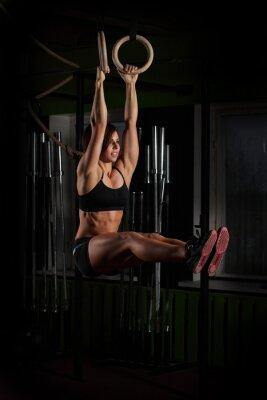 Posters Fit, jeune, femme, gymnaste, Anneaux