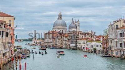 Posters Grand canal et basilique Santa Maria della Salute, Venise, Italie