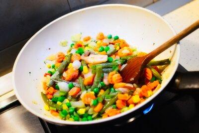 Posters Gros plan des blancs légumes pan de cuisine pour le dîner