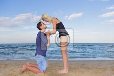 homme demandant forgiveness.woman pardonne son homme