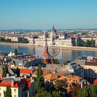 Hongrois vue Parlement du château de Buda.